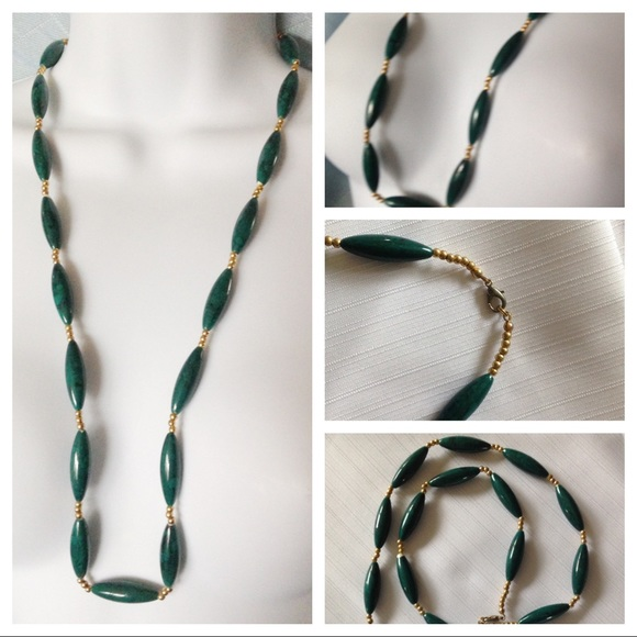 Green Acrylic Beads Necklace